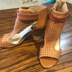 Vince Camuto Leather Sandal